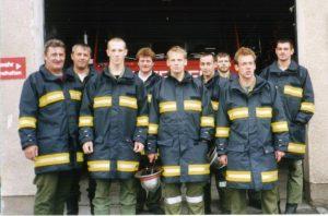 2001 neue Schutzjacken