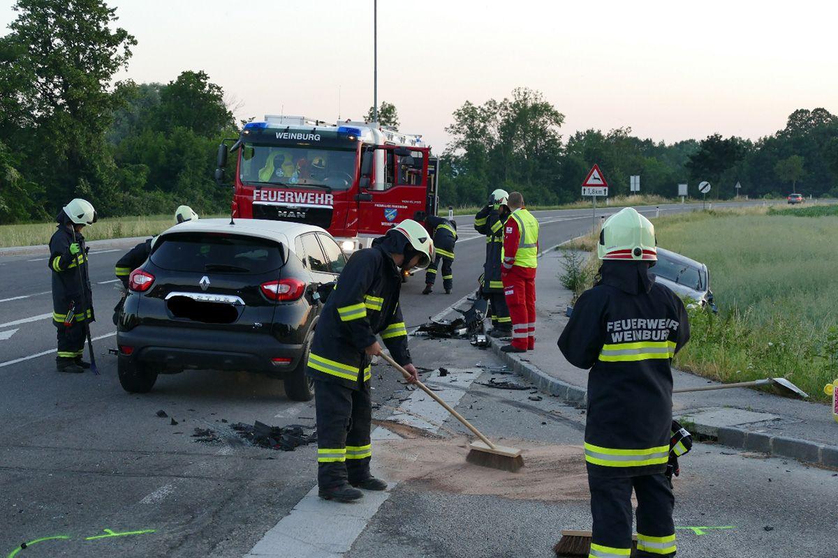 25.06 Verkehrsunfall Klangen